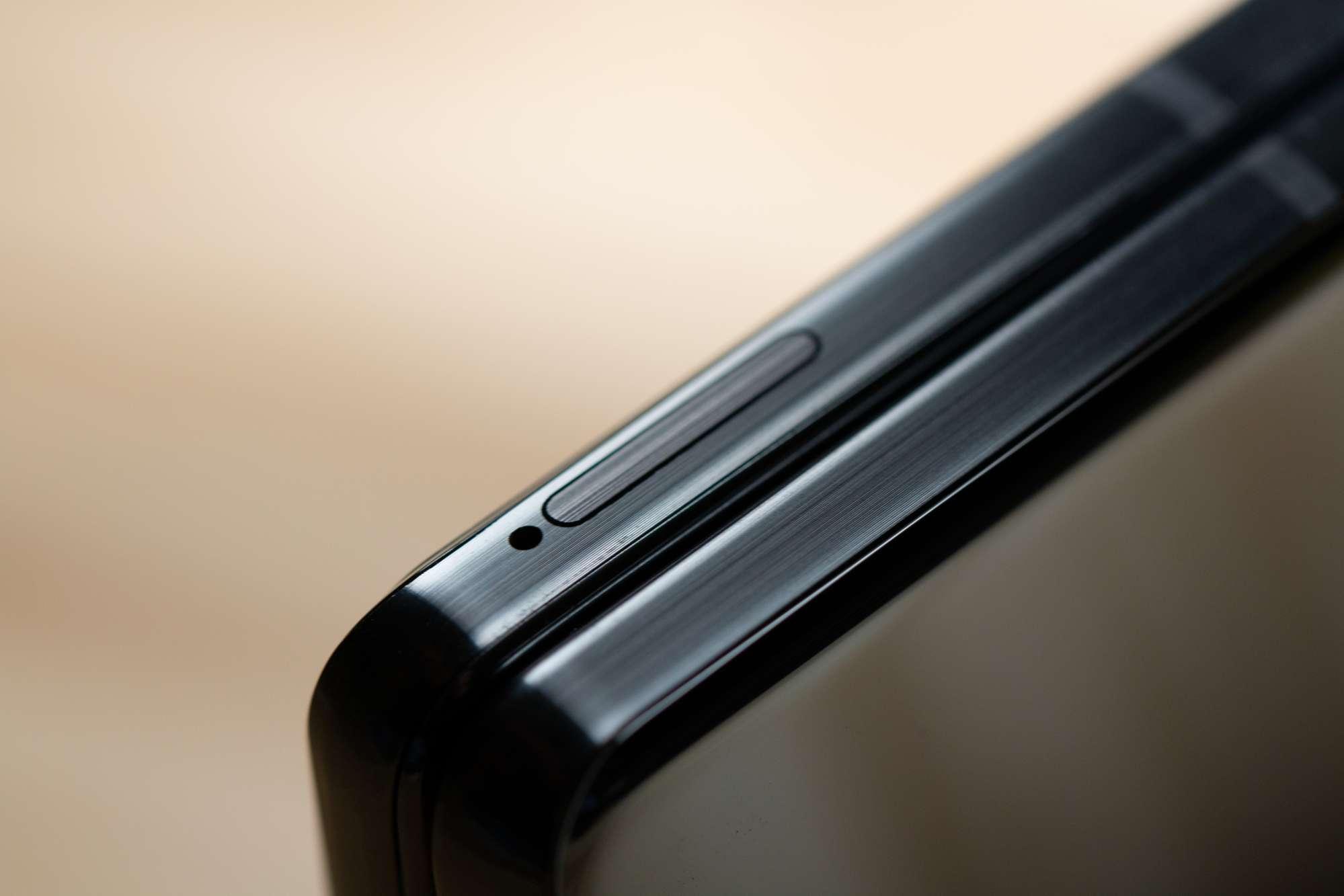 ¿El Galaxy Z Fold 2 tiene almacenamiento expandible?