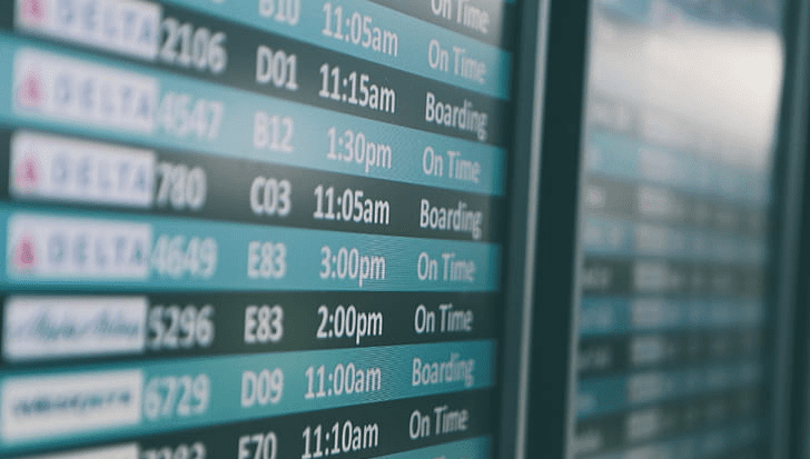 Cómo monitorear cuando llega el vuelo de alguien