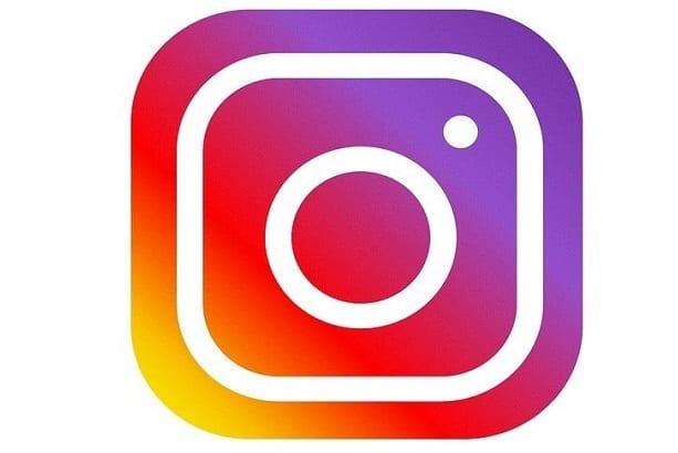 ¿Puedo eliminar todas las fotos de Instagram al mismo tiempo?