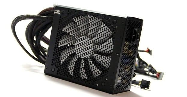 Cómo saber si el ventilador de una computadora está entrando o saliendo